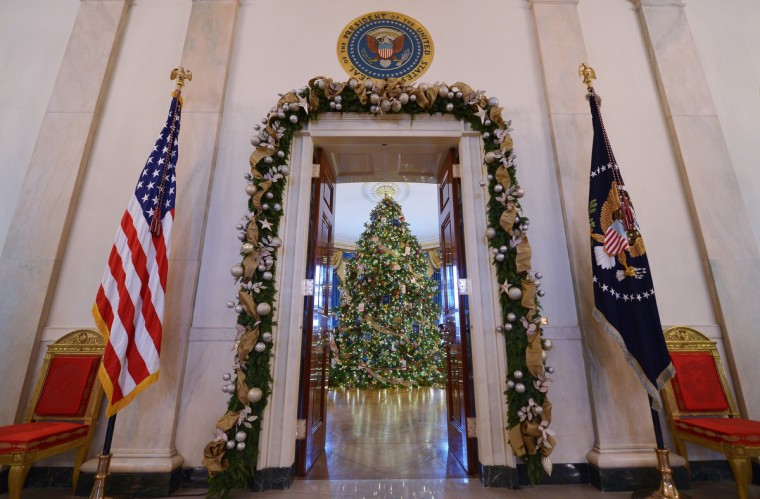 2014 White House Christmas Decorations Revealed