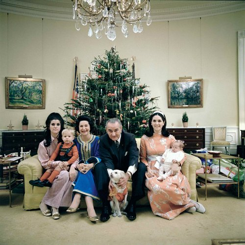 1968.Johnson__family__in__the__private__residence__on__sofa_______color.jpg